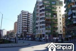 Shitet Bar-Lokal, tek Pallati me Shigjeta!!, Tirana