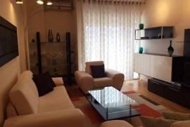 Apartament 2+1, Rr Hoxha Tashim , Shitje