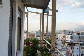Apartament 2+1, Rruga e Barrikadave, Sale, Tirana