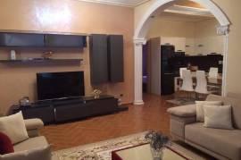 Apartament 3+1, Prane Vilave Amerikane , Tirana, Qera