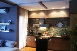 Apartament 2+!, Komua e Parisit , Shitje
