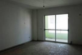Apartament ne shitje ne zonen e Komunes se Parisit, Shitje, Tirana