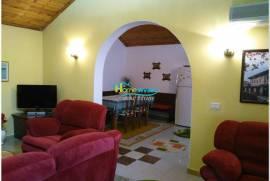 Jepet me qera kati i nje vile 140 m2, Tirana, Qera