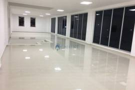 Jap me qera magazine sip 920 m²,truall 5000 m2, 2., Qera
