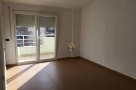 Papafingo 3+1, 170 m2,Fresku, 530 E/m2,, Shitje, Tirana