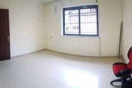 3+1 (100 m2) tek Rruga e Elbasanit - i Mobiluar , Tirana, Qera