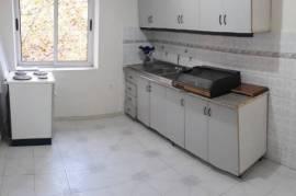 2+1(80 m2) - Bosh ( Perballe Ish Ekspozites), Tirana, Qera