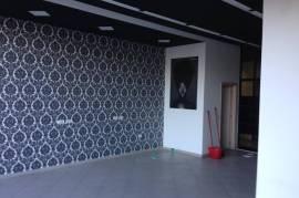 Dyqan, 60m2, kati 1, 400 euro tek Teodor Keko, Qera