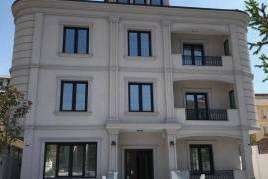 Shitet vile prane bllokut te vilave Tirane e Re, Shitje