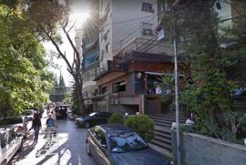 Shitet, Lokal, Rruga Faik Konica Cmimi: 500,000 €