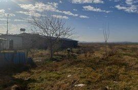 Shitet tokë are në Lumth, Lushnje me sipërfaqe 201, Agrare