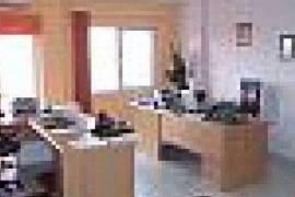 Tirane, shes Apartament1+1,  77m2 Rr.Dritan Hoxha, Shitje