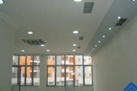Jepen me qera 4 dyqane bashke, Tirana