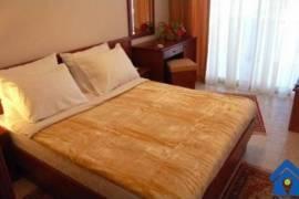 Jepet me qera apartament, Tirana