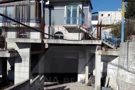Godine+biznes ne shitje ne Kanine, Vlore