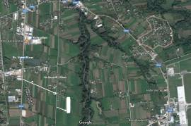 shitet truall 6300 m2, Agrare