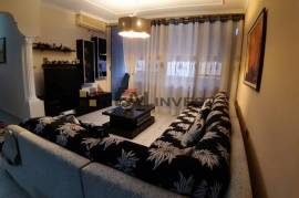 Ap 2+1,105 m2 110000 euro i arreduar te K.Parisit, Shitje, Tirana
