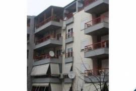 Shitet Apartament 2+1