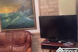 Shitet apartament Luks me hipotek 2+1