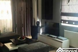 "Shitet Apartament me hipotek 3+1 K.Parisit ""K"