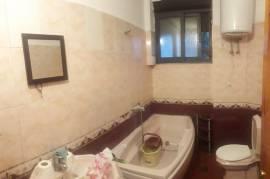 2 + 1 (70 m2) tek Ish Ekspozita | i Mobiluar , Qera