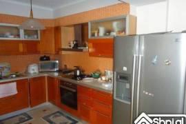 Apartament ne shitje, Tirana
