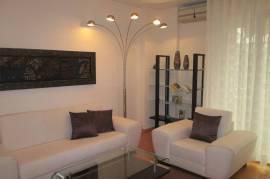 Shitet Apartament 2+1 te Pazari i Ri, Shitje, Tirana