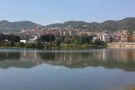 Apartamente 1+1,Kleringu,Liqeni Thate, 650euro/m!, Shitje, Tirana