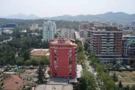 Shitet lokal 300m2, ne Bllok, buze rruge!!, Tirana