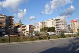 Shitet Apartament 2+1 Tek Materniteti i Ri, Shitje, Tirana