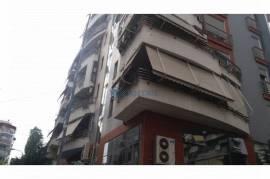 Tirane, jap me qira ambjent biznesi Kati 2, 150 m², Qera