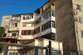 Shitet Apartament 1+1 ,Lagjia Skenderbeg ,Lezhe, Shitje, Lezha