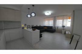 Apartament Dubleks 3+1+2 tualete ,ne Qender, Πώληση