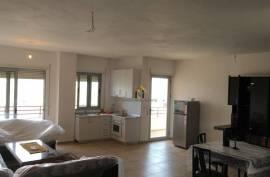 Apartament 2+1,140m2,Liqeni i Thate, 150000 Euro, Shitje