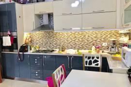 Shitet | Apartament 1+1, 67m2, 52000 euro, , Shitje