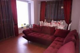 Apartament 4+1 i arreduar160 m2,100000euro,Ali Dem, Shitje