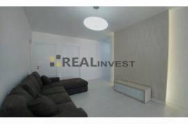 Apartament 2+1+2 tualete,115000 euro,Rr Barrikadav, Shitje