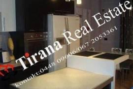 Tirane, shes Apartament 2+1