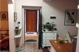 Apartament 2+1+Gatim sip 98m kati 1 ne pallat ekzi, Shitje, Tirana