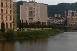 PALLATI ME I MIRE TEK LIQENI I THAT...SHITET 3+1 , Shitje, Tirana
