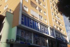 Shitet Apartament 2+1 ne qender Qytetit ,Lezhe, Shitje, Lezha