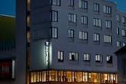 SHITET ''HOTEL'' PRANE AEROPORTIT TE  RINASIT