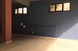 Qera Ambient biznesi 120 m2, 650 euro, Unaza Re, Qera