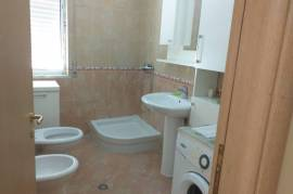 Jepet me qera | Apartament 2+1, 60 m2, 230 euro, Qera
