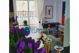 Tirane, shes apartament 1+1+A+BLK Kati 7, 77 m² 87, Shitje