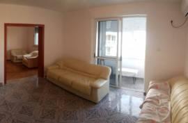 Apt 3+1 (100 m2) tek 21 Dhjetori | Parket, Qera