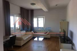 Apartament 4+1, Qera
