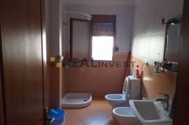 Shitet apartament 1+1, 63 m2, 55000 euro, Shitje
