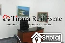 Tirane, jap me qira per zyre ne Blv.  Bajram Curri, Tirana