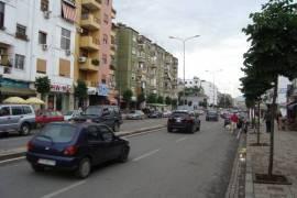 Shitet apartament 1+1, 48000euro, rruga Bardhyl!!, Shitje, Tirana